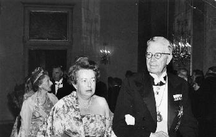 Mengenang Fisikawan Maria Goeppert Mayer