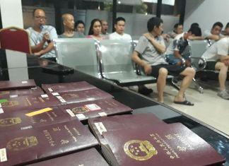Kemenkumham Riau Deportasi 19 TKA Ilegal Asal Tiongkok