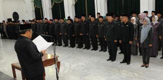 Lantik 232 Pejabat Eselon, Aher Tekankan Kinerja dan Loyalitas