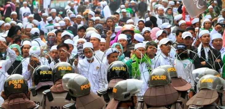 Ini Jumlah Laskar Fpi Yang Kawal Habib Rizieq Di Sidang Ahok