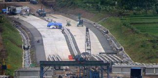 Pembebasan Lahan Proyek Jalan Tol Semarang-Batang Dikebut