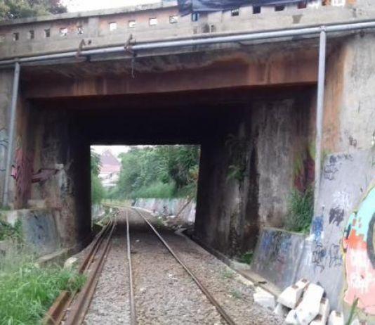 Di Terowongan Kereta Paledang, Bogor Ada Sosok Tanpa Kepala