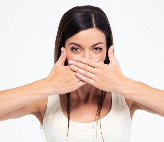 7 Cara Usir Nafas Bau saat Puasa di Bulan Ramadan