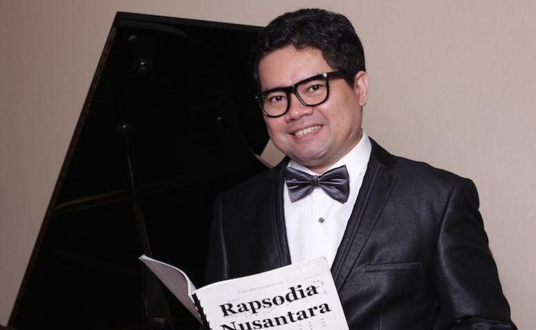 Pianis Ananda Sukarlan ajak masyarakat ramaikan lagunya di medsos. (Dok: Pribadi)