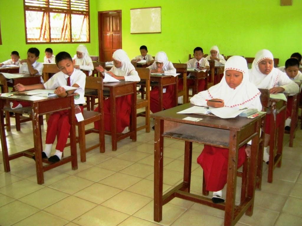 710+ Gambar Anak Sekolah Sedang Ujian HD Terbaru