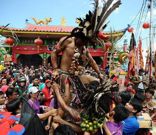 Proses Inkulturasi Tionghoa dalam Dayak (1)