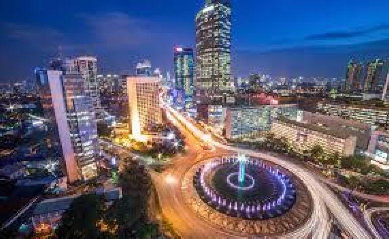 Jakarta, Segenggam Gula-gula, Seribu Janji, Sejuta Mimpi