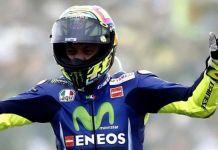 Rossi Minta Maaf Lakukan Overlap kepada Lorenzo