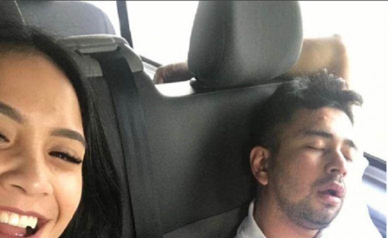 Foto Nagita Slavina saat membalas keusilan Raffi.(dok.Instagram/@raffinagita1717)
