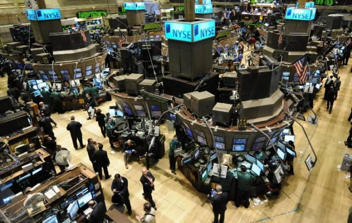 Dow, S&P 500 close at new records in NY