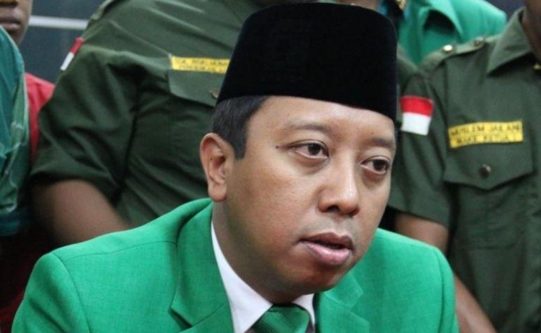 Muhammad Romahurmuziy News: Romahurmuziy: Presiden Sangat Santun Dalam Menerima