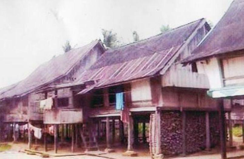 648 rumah larik sebagai arsitektur rumah tradisional kerinci