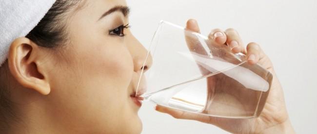 Ini 7 Manfaat Minum Air Hangat Di Pagi Hari