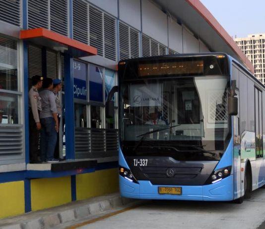 Mampukah Pemprov DKI Sediakan Transportasi Umum yang Nyaman dan Murah?