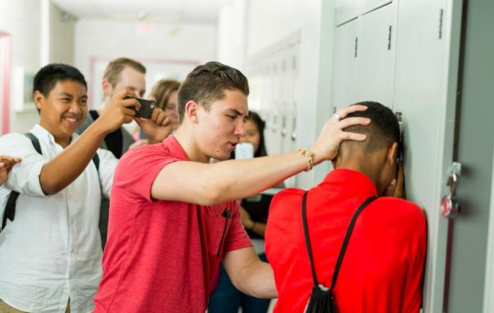 「bullying at teenage」的圖片搜尋結果