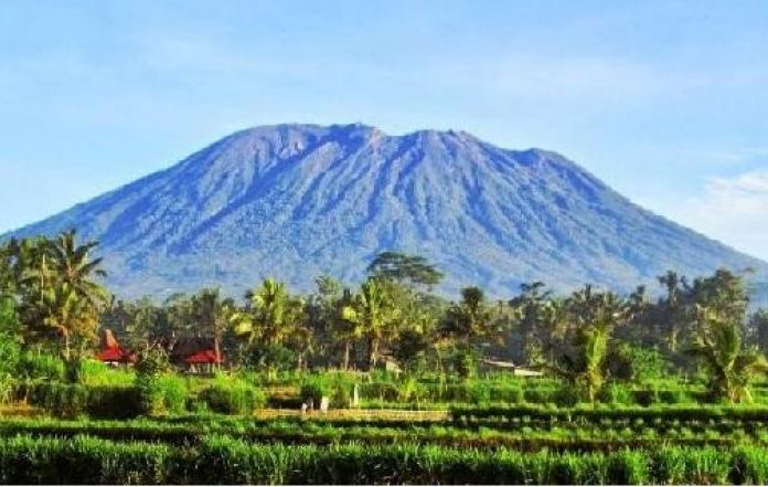 Bali Volcano Warning for Mount Agung