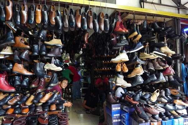 Tak Perlu Bayar Mahal Di Jakarta Ada Lokasi Berburu Sepatu
