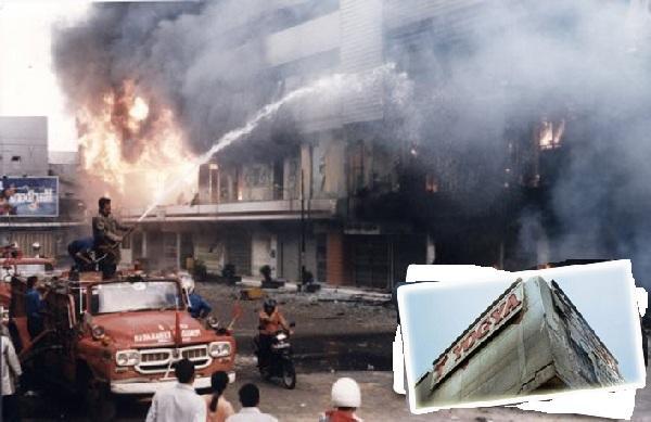 Kisah Angker dan Seramnya Mall dan Pertokoan Klender, Jakart...