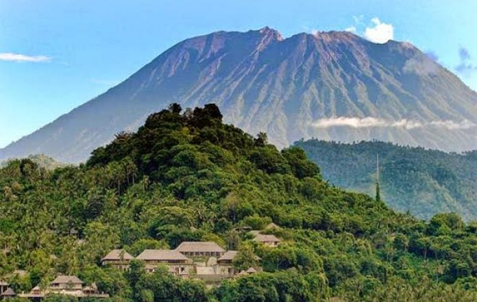 State of Emergency Extended for Mount Agung