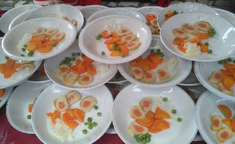Pernikahan Kahiyang-Bobby, Hidangan Khas Solo Disajikan ...