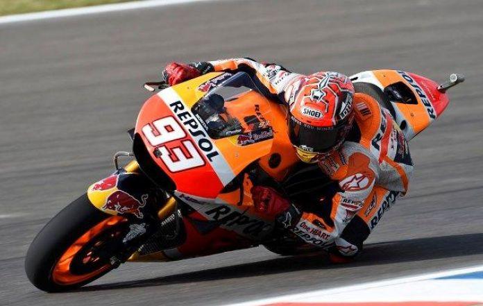 Valencia MotoGP test: Marquez praises new engine, doubts over 2018 chassis