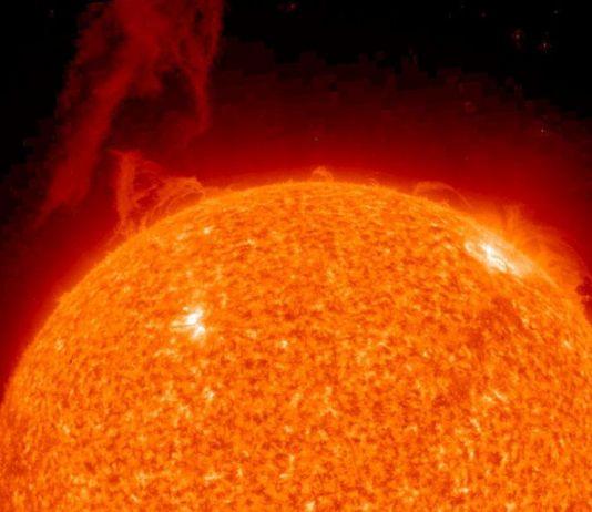 NASA Temukan Lubang di Matahari, Ini Dampak di Luar Angkasa