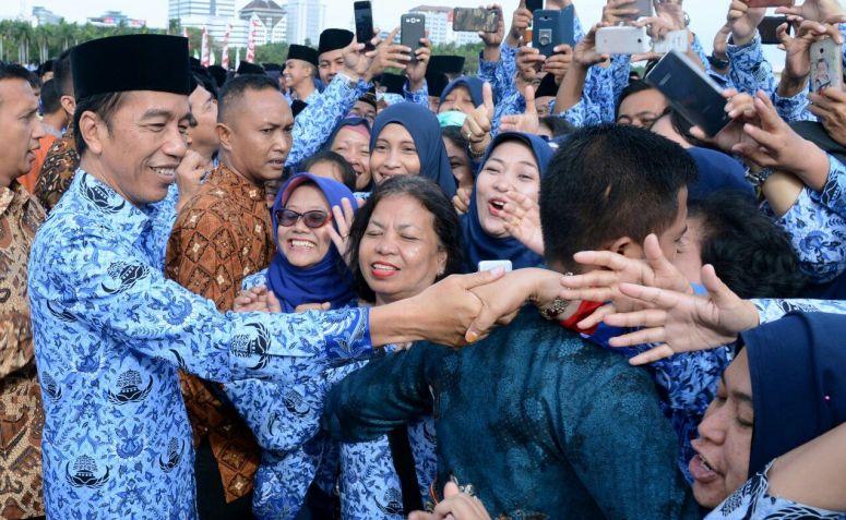 Survei INES, Elektabilitas Jokowi Merosot Tajam, Ini Penyebabnya