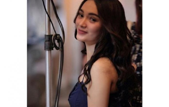 Zaskia gotik on romance id rather work first reheart Gallery