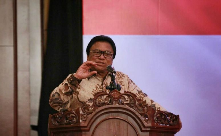 Tanggapi Kisruh Hanura, OSO: Kalau Wiranto Mau Ketum Lagi, Saya Kasih