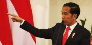 President jokowi promotes digital economy during new zealand state ceo of siam cement group meets president jokowi to strengthen business committment reheart Choice Image