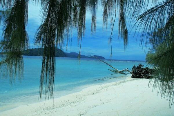 Promosikan Pulau Sula Ini Daya Tariknya
