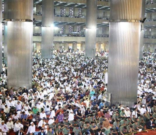 Ribuan Jemaah Salat Id di Istiqlal Jakarta