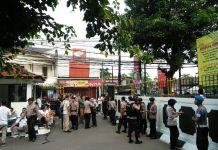 Sidang Aman Abdurrahman, Polisi Bersenjata Berjaga di Sekitar PN Jaksel