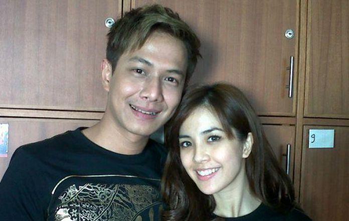 Yeslin Wang And Delon Thamrin