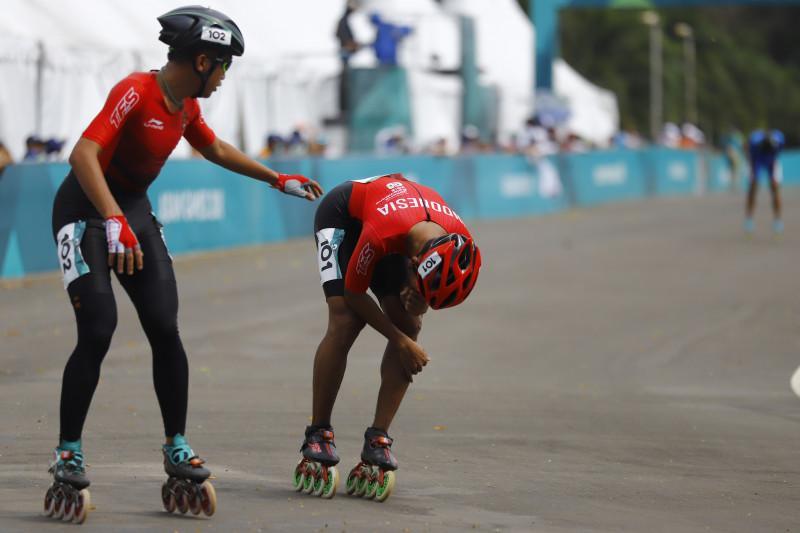 Harapan tim sepatu roda Indonesia mengukir sejarah medali emas di Asian  Games 2018 terkubur. 08334c415a