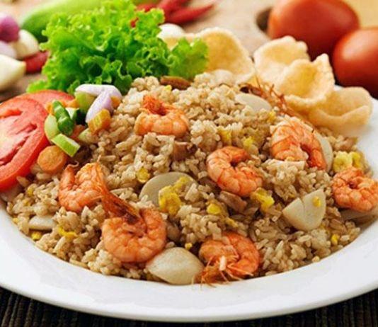 Nasi Goreng Seafood Variasi Cumi dan Udang