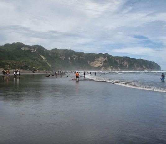 Inilah 4 Pantai, Pusat Kerajaan Nyai Roro Kidul