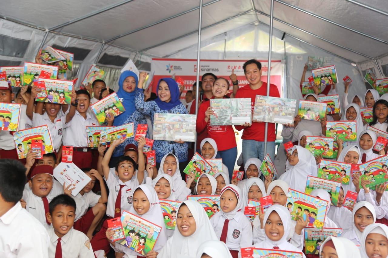 Asuransi Sinar Mas Kampanyekan Literasi dan Inklusi Keuangan