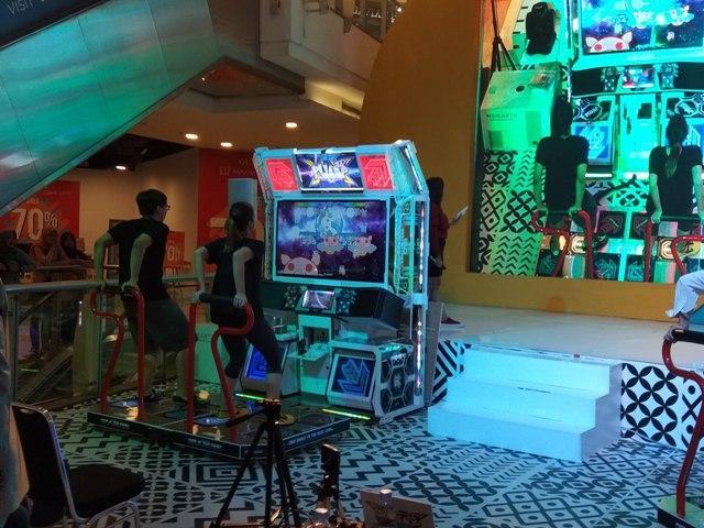 Pump It Up, permainan dansa produksi perusahaan asal Korea Selatan,