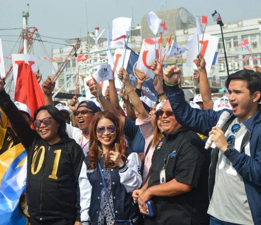 Dari Tepi Pelabuhan Donggang, Taiwan, Mereka Berteriak Menangkan Jokowi-Ma'ruf