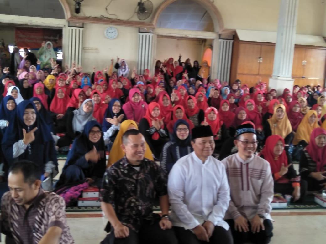 Pimpinan MPR Bantah, Demokrasi Bukanlah Bid'ah, Ini Penje...
