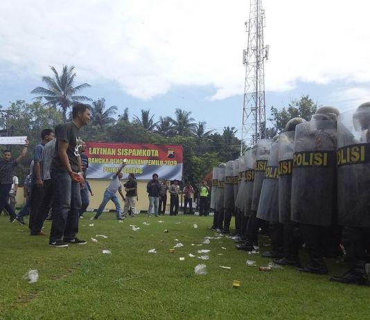 Kerusuhan Terjadi,  Kubu Jokowi-Prabowo Menjadi Makhluk Lebih Buas dari Binatang