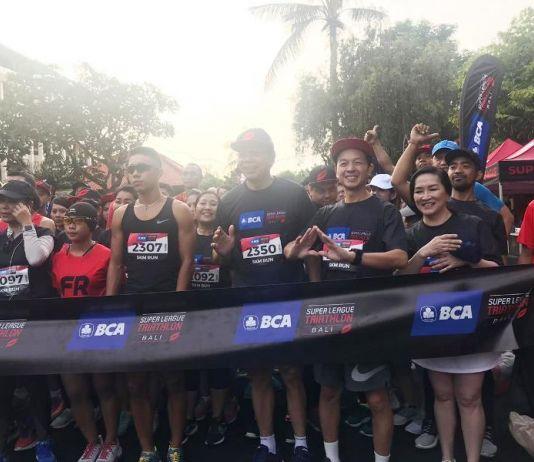 Sebanyak 1.500 Peserta Antusias Ikuti BCA Super League Triathlon 2019