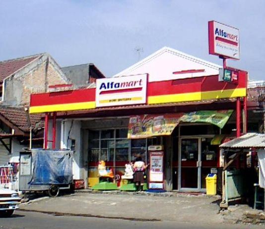 Alfamart Bantah Beri Donasi Rp10.000 untuk Sembako