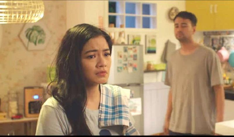 Titi Kamal beradegan sebagai Kirana.