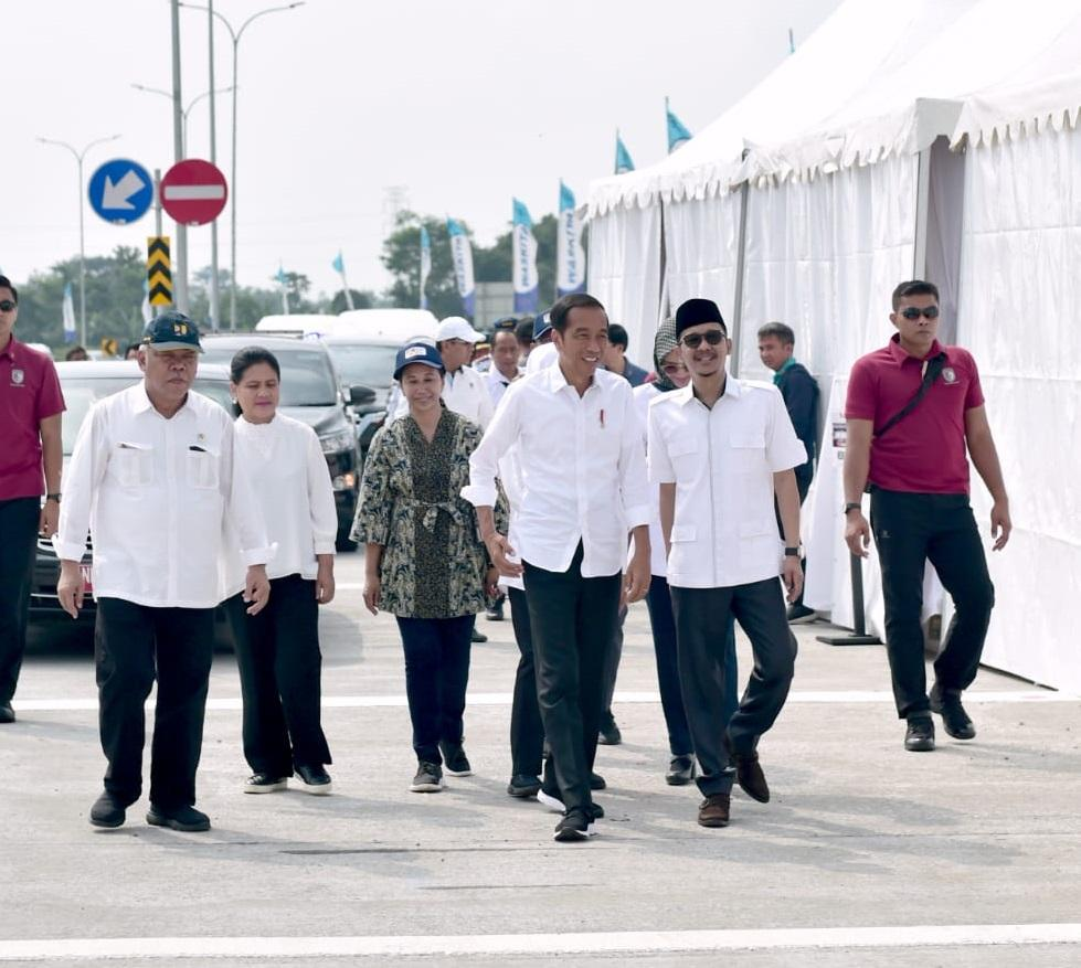 Presiden Jokowi Resmikan Ruas Jalan Tol Pasuruan Probolinggo