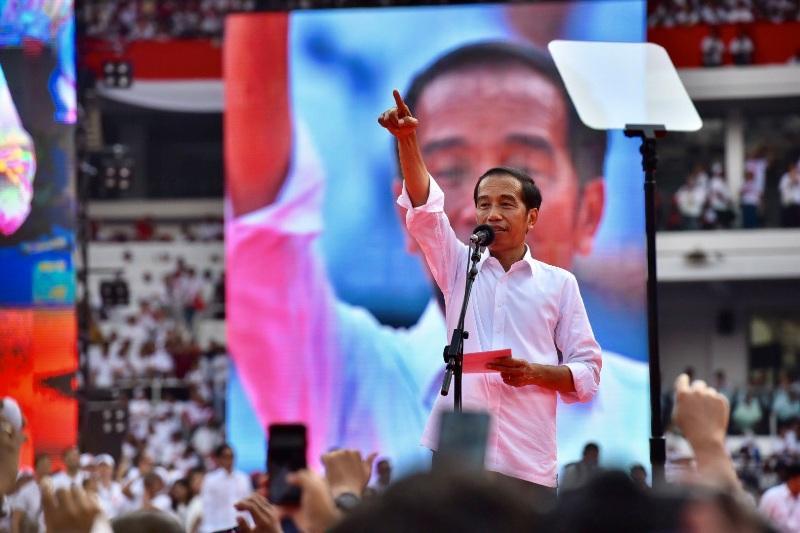 """Jelang Debat: Jokowi Bilang """"Santai Dan Mengalir Saja"""
