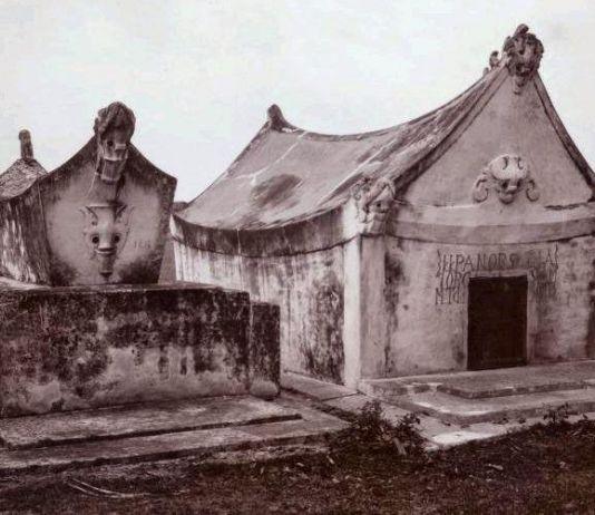 Potret Batak Tempo Dulu: Perempuan, Kalender Kuno, hingga Kuburan Balige