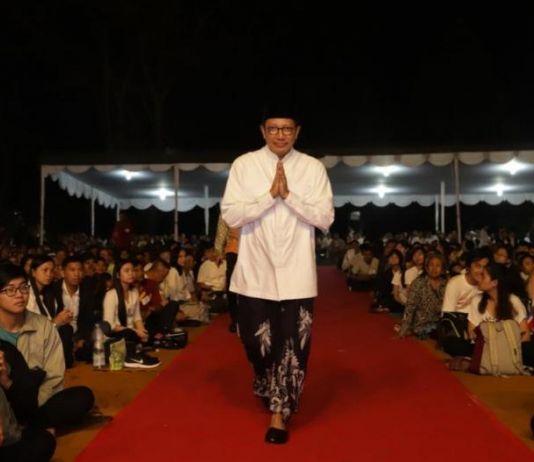 Pada Perayaan Tri Suci Waisak di Borobudur, Menag Sebut Perbedaan adalah Kekuatan