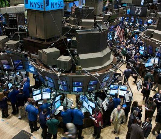 Terseret Aksi Jual Saham-saham Teknologi, Wall Street Alami Kerugian